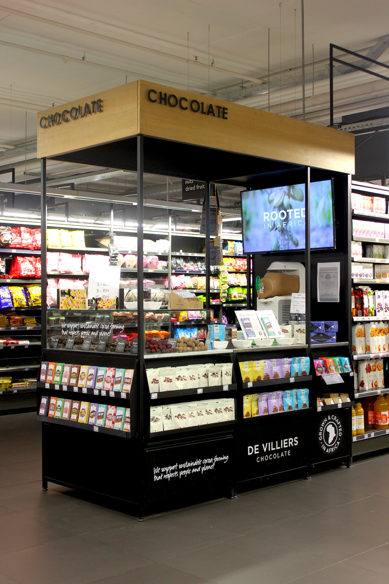 Discover The De Villiers Chocolate Pod At Woolworths